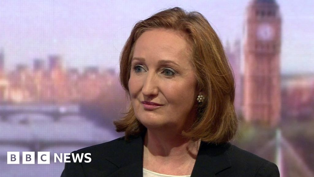 UKIP leadership contender Suzanne Evans eyes 'safe' Tory seat ...
