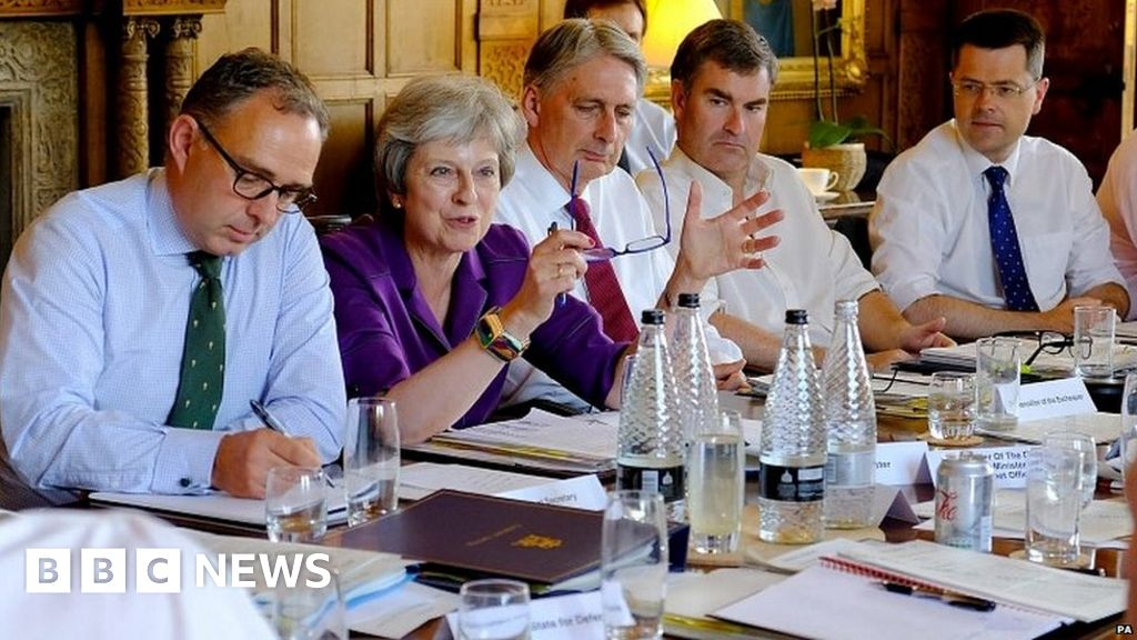 102487125 mediaitem102486464 - UK's Brexit blueprint to be printed