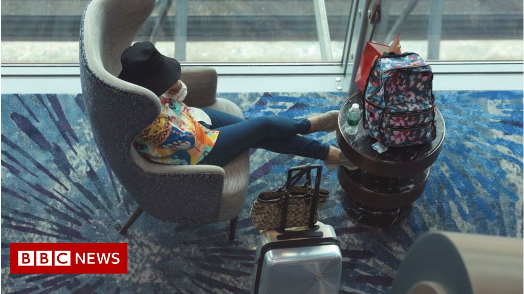 , Singapore Covid: Airline websites crash as borders set to open, The World Live Breaking News Coverage & Updates IN ENGLISH
