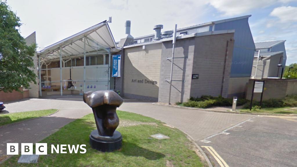 Vi phạm dữ liệu của Đại học Hertfordshire báo cáo cho cơ quan giám sát