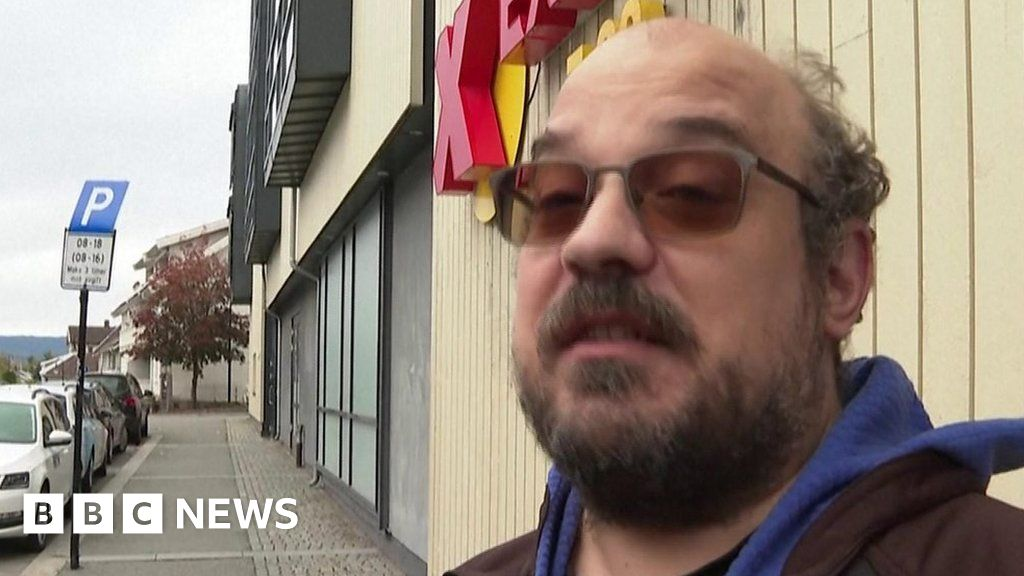 Norway attack: Witness describes hearing 'thunk sound' of weapon