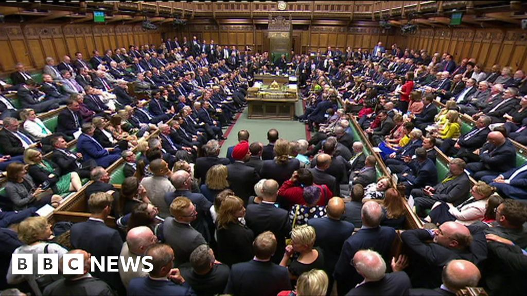 Brexit: No-deal opponents defeat government