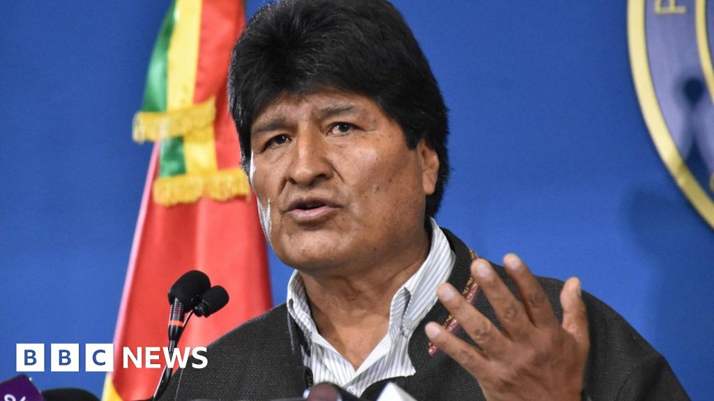 Bolivian army chief urges Morales to step down