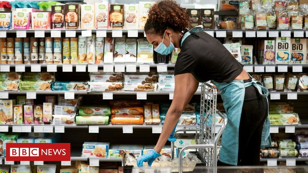 bbc.co.uk - Food workers to be exempt from Covid isolation - BBC News