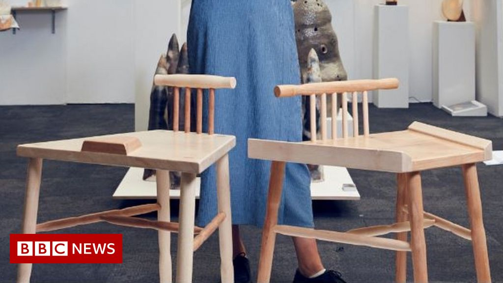 Anti Manspreading Chair