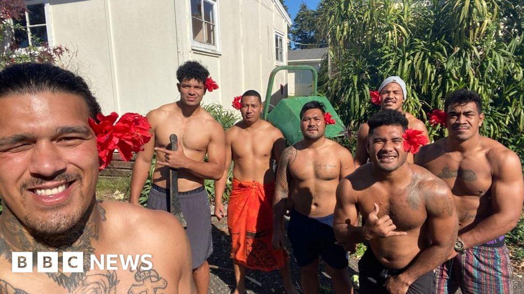 Manuma Samoa Rugby team, the setting is 104 days to go home