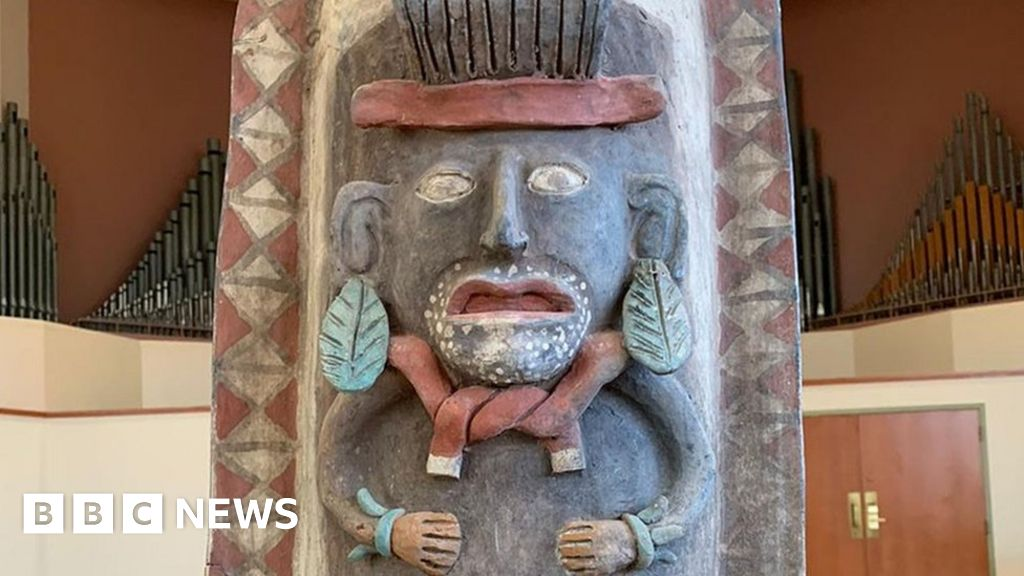 Mayan urn returned to Mexico by Albion College