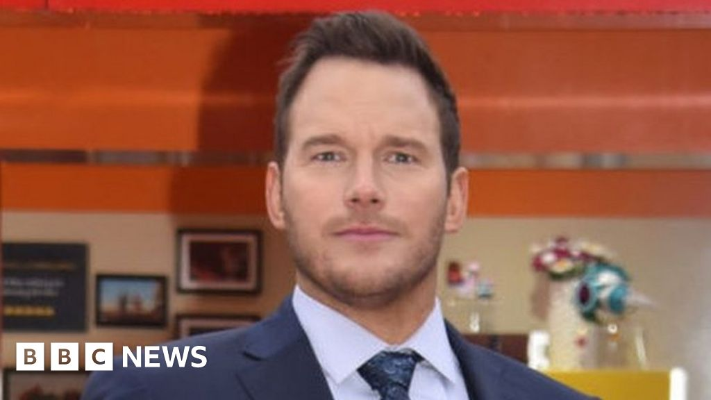 Chris Pratt denies church is anti-LGBTQ thumbnail