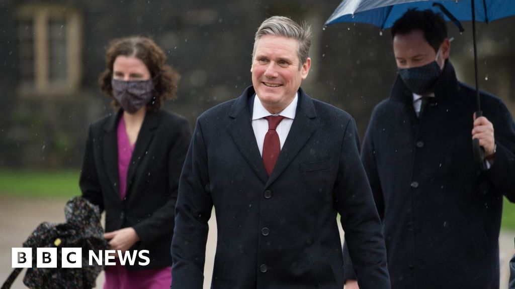 Sir Keir Starmer self isolates after staff member tests positive for virus