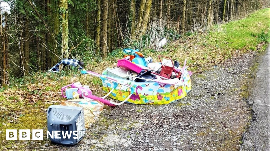 Fly-tipping in Wales: 'No interest' in dealing with issues thumbnail