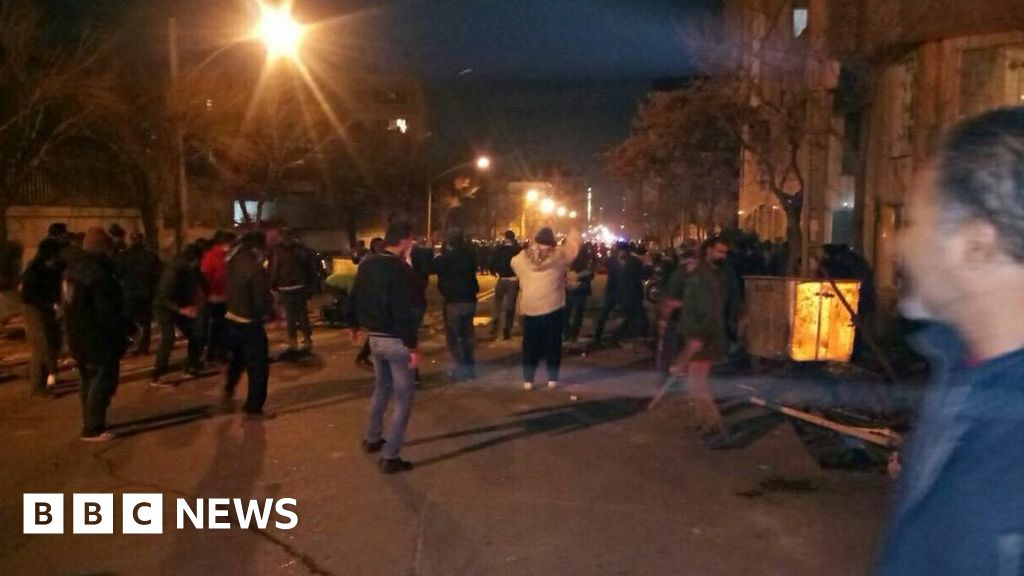 Iran: Three police officers die in clashes with dervishes