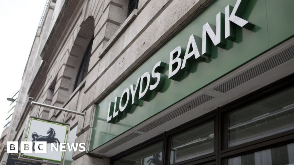 Lloyds, Halifax and Bank of Scotland customers face payments problems