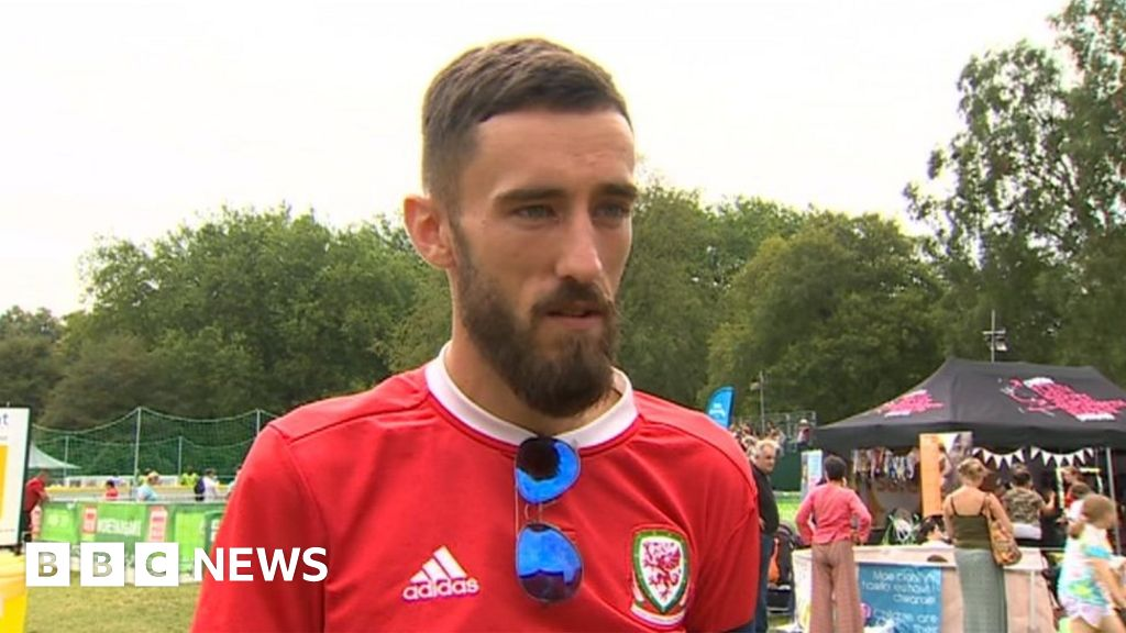 Homeless World Cup: Man s  surreal  experience of captaining Wales