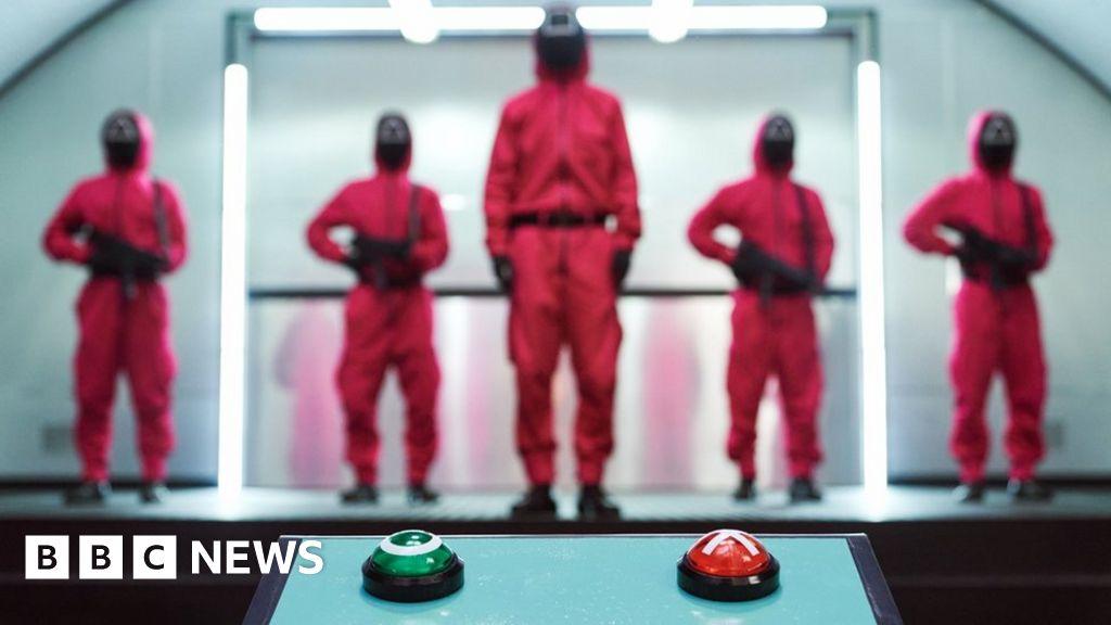 No Squid Game Halloween costumes, New York schools say