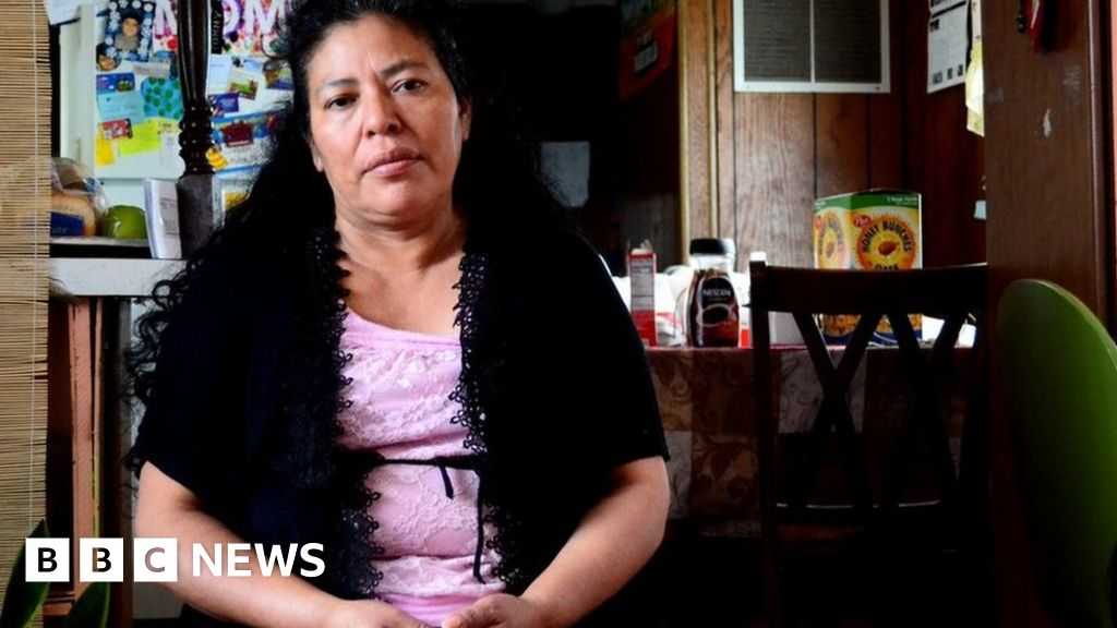 Trump immigration: The effects of a raid on one tiny town - BBC News