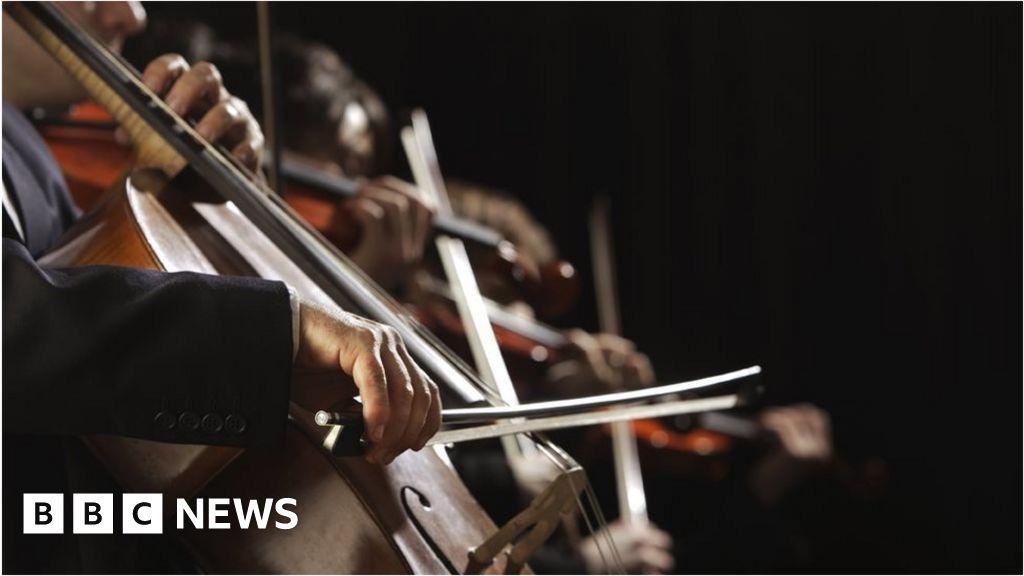 BBC launches search for amateur orchestra - BBC News e82634a4366c1