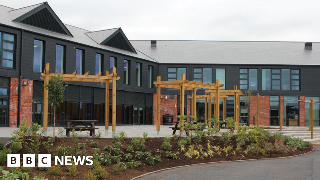 Dumfries' North West Community Campus fully reopens