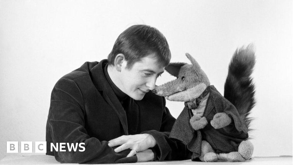 Basil Brush funeral tribute to 'dearest friend'