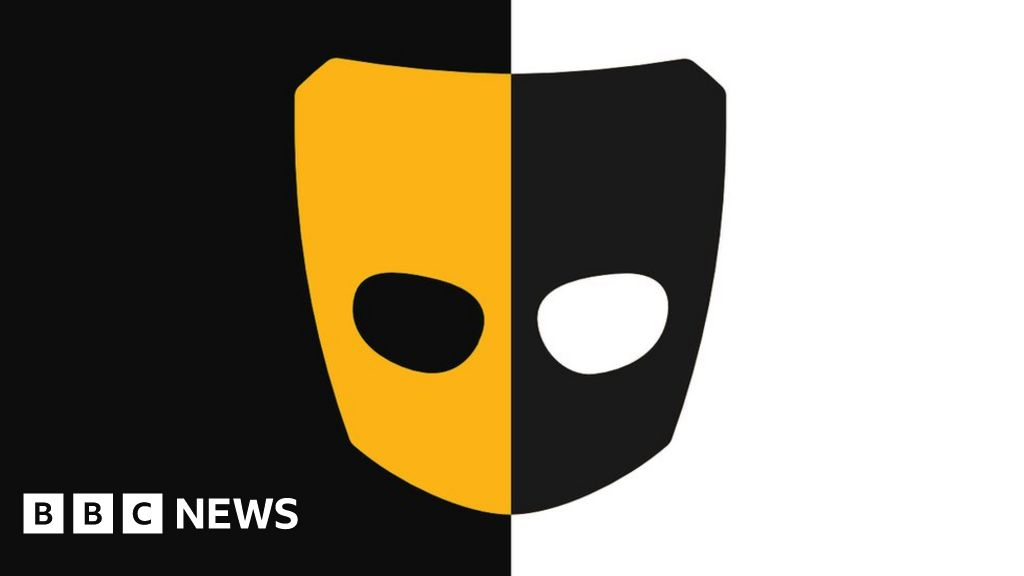 Grindr removes 'ethnicity filter' after complaints thumbnail