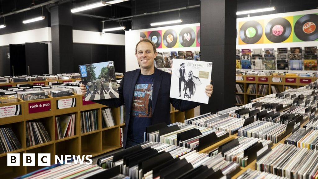 HMV Birmingham: Can load a plate to work in the digital age?