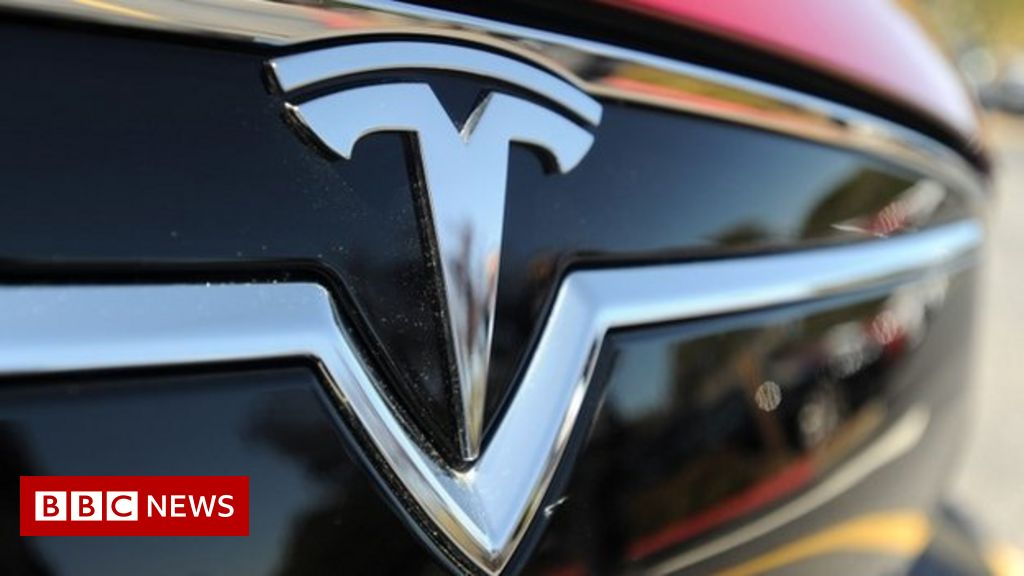 """Musk: $25,000 Tesla ready """"in about three years"""""""