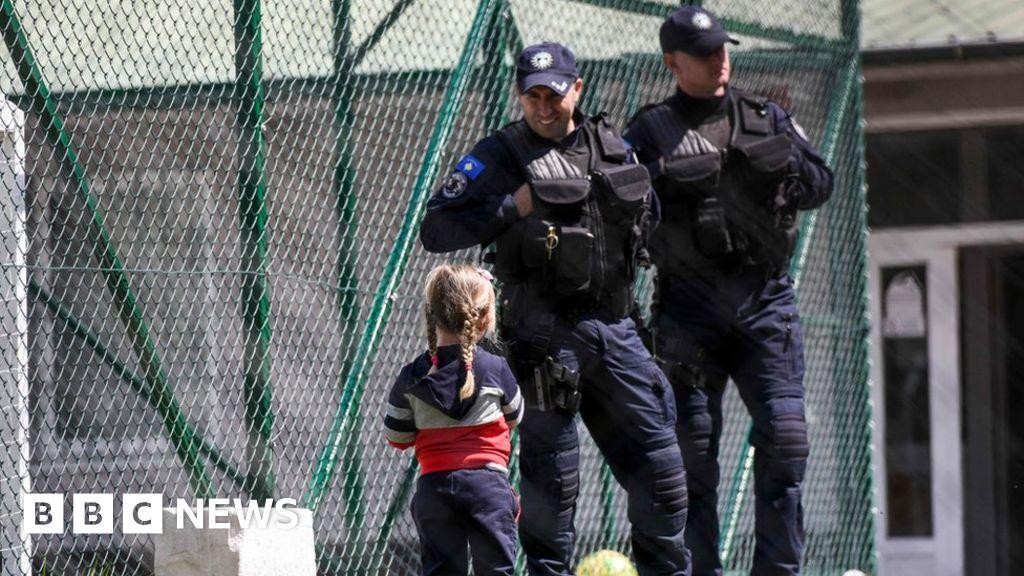 Kosovo brings back dozens from Syria