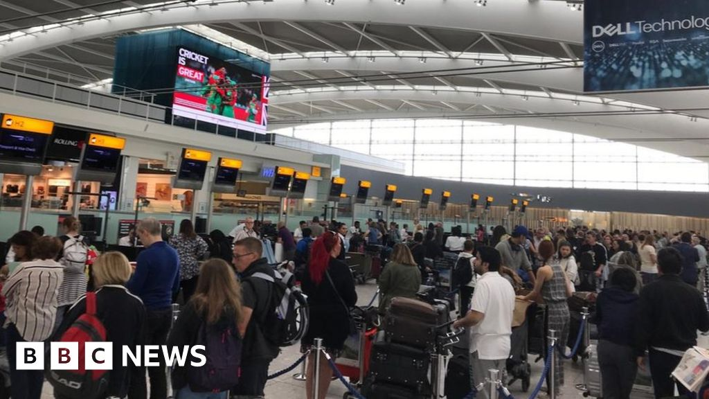BA passengers stranded after IT failures