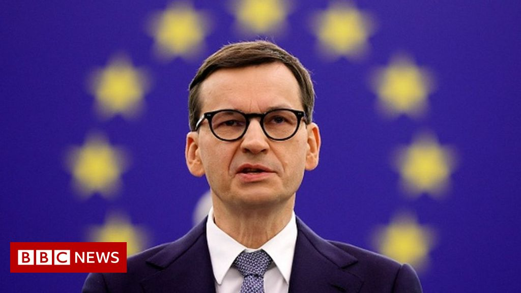 Polish PM accuses EU of blackmail as row over rule of law escalates – BBC News