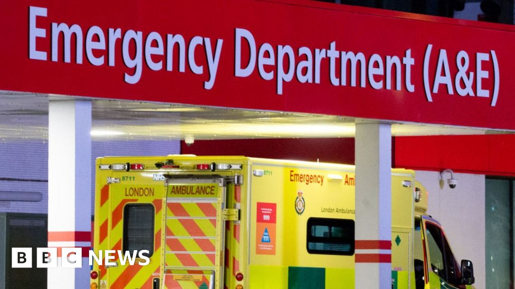 Coronavirus: Morning update as public urged to seek medical help