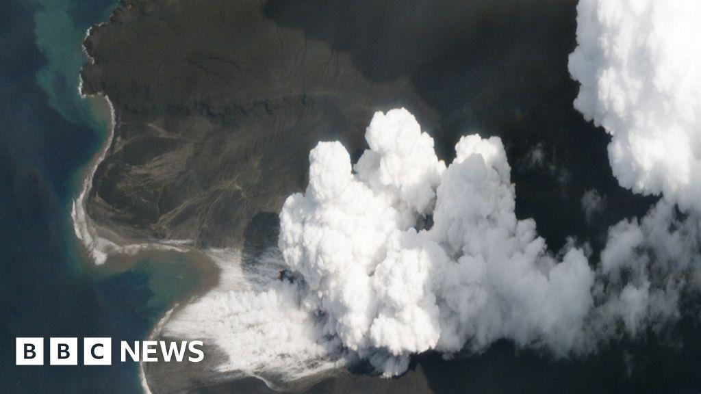 Nuevas imágenes satelitales muestran todo lo que ha cambiado el Krakatoa después de la explosión del volcán (Eng)