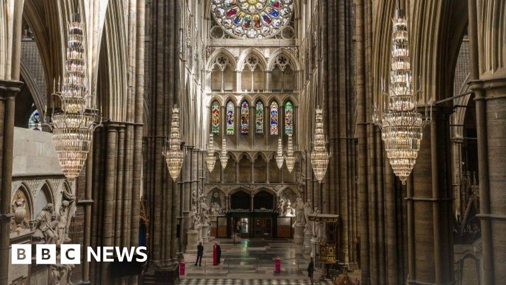 Coronavirus: Westminster Abbey 'dealt shattering blow'