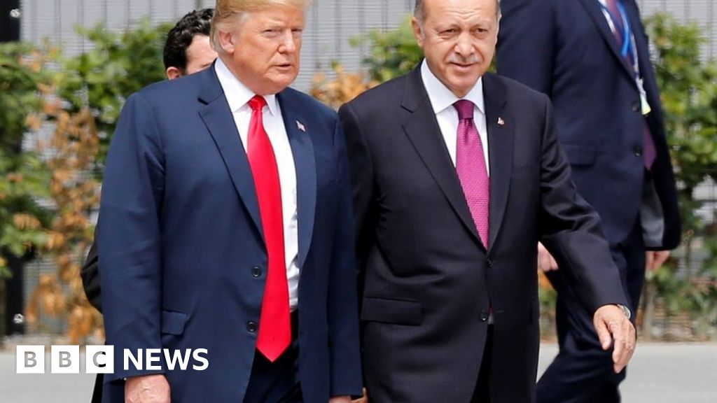 Trump takes aim at Turkey as lira falls