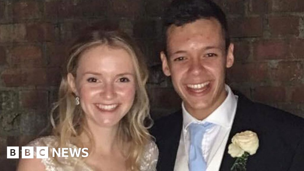 U-turn 'led to couple's fatal cliff plunge'