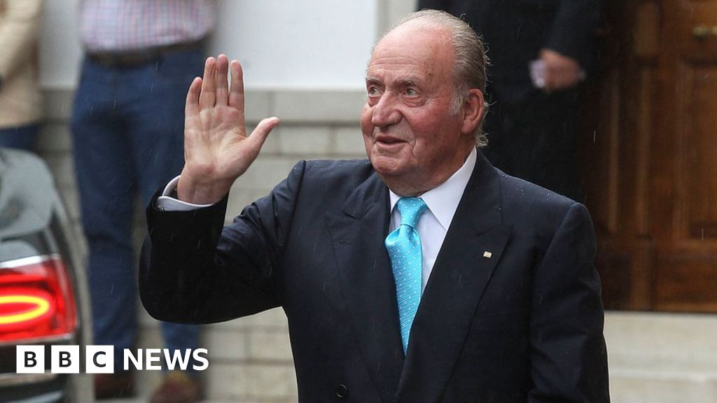 Spain's embattled ex-King Juan Carlos leaves country