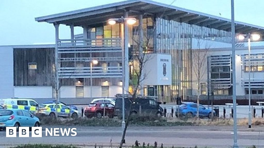 Pupils In Hospital After Drug Related Incident At Dunfermline High School Bbc News