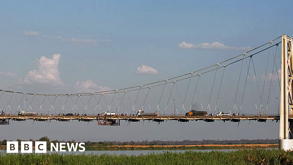 Lorry in Mozambique found with 64 dead stowaways