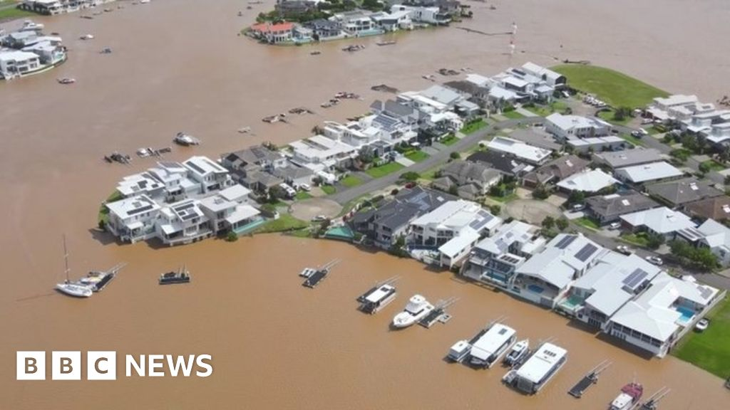 Floods in Australia: Thousands need to be evacuated as rain showers worsen