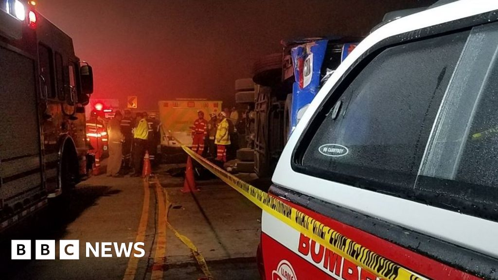 Ecuador Bus Crash 12 Barcelona Sc Fans Killed Bbc News