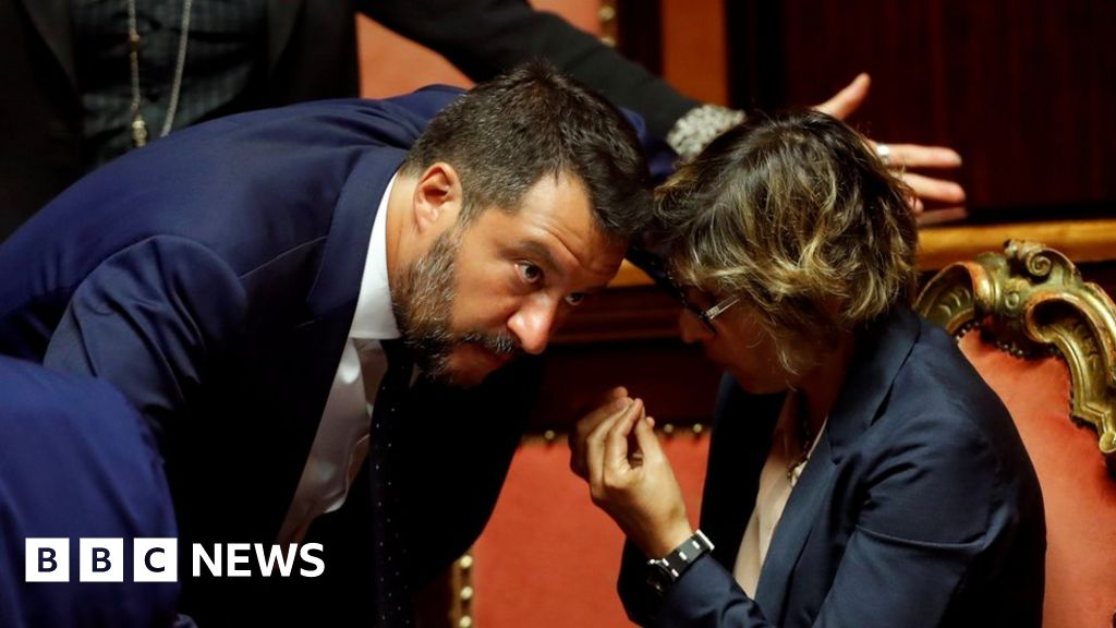 Salvini calls for snap election in Italy thumbnail