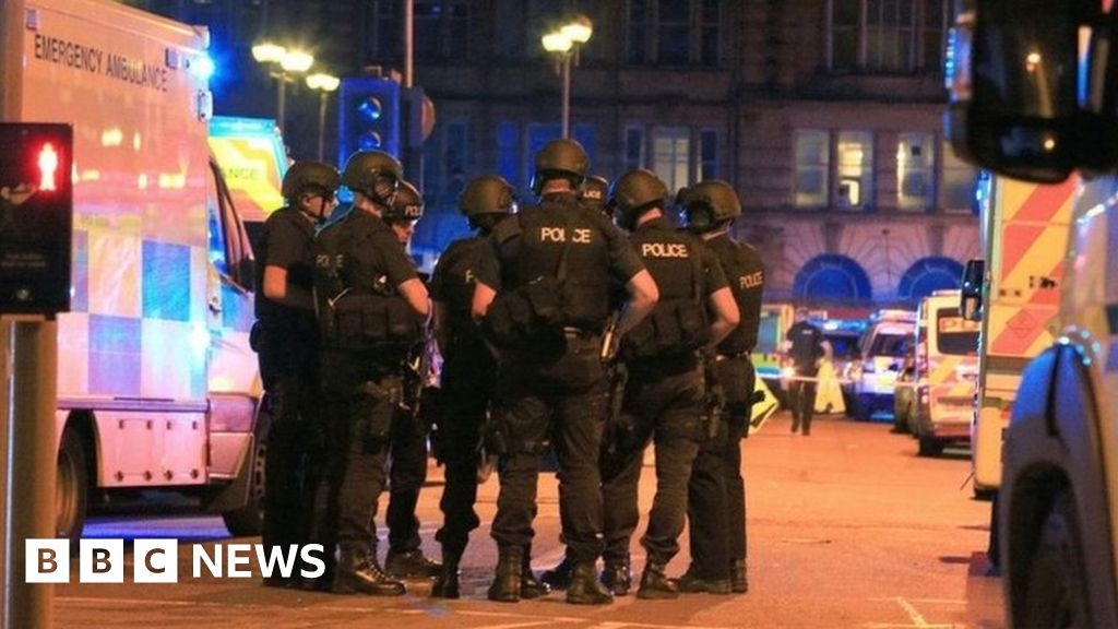 Manchester Arena Inquiry: Bomber linked to six MI5 'subjects of interest' thumbnail