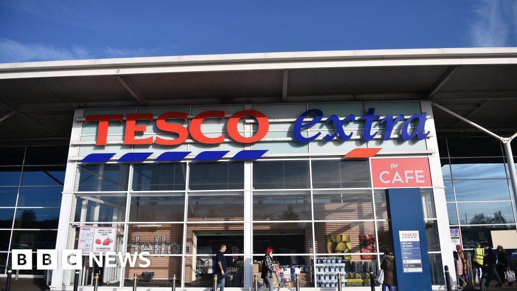Investor group calls for Tesco healthy food plan