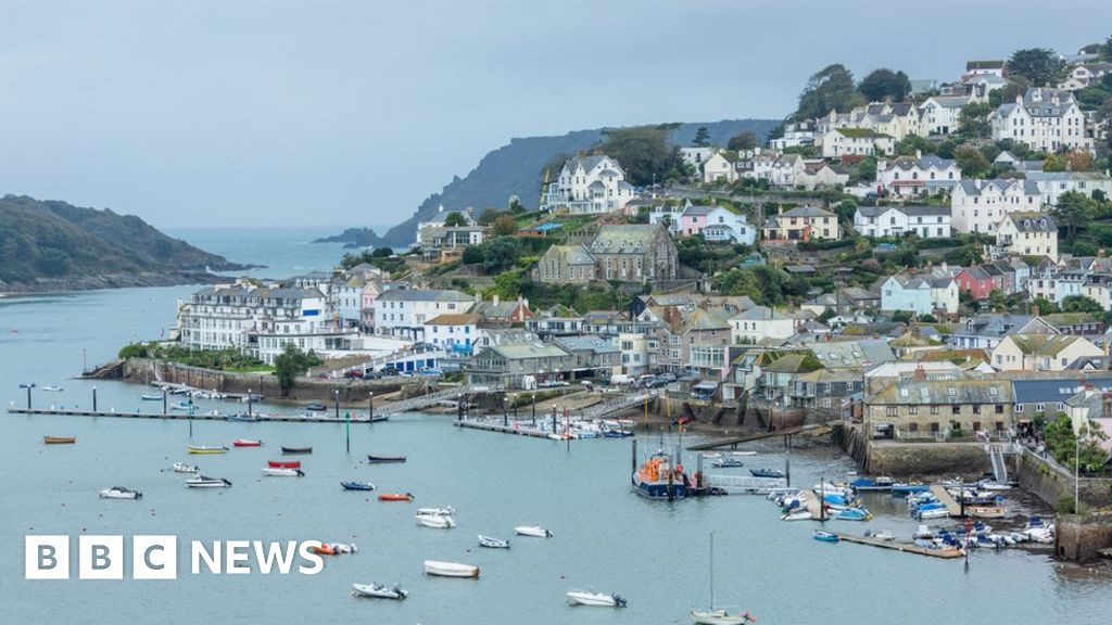 House prices tumble in seaside hot spots
