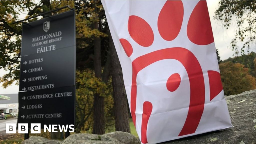 Fast-food chain in LGBT rights row shuts UK outlet