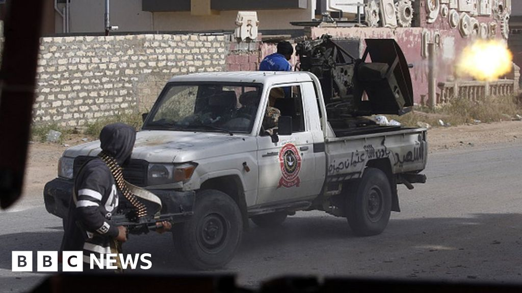 Clashes erupt south of Libyan capital