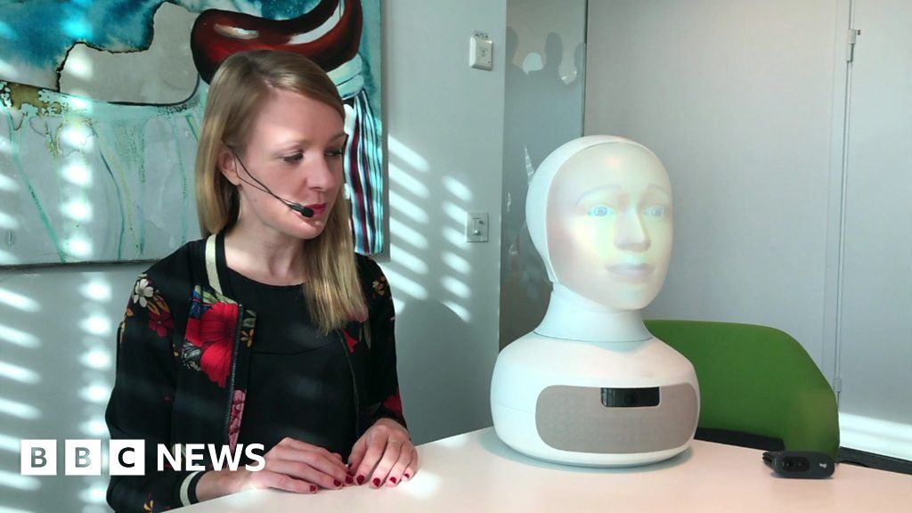The Interview Robot that Doesn't Make Snap Judgements
