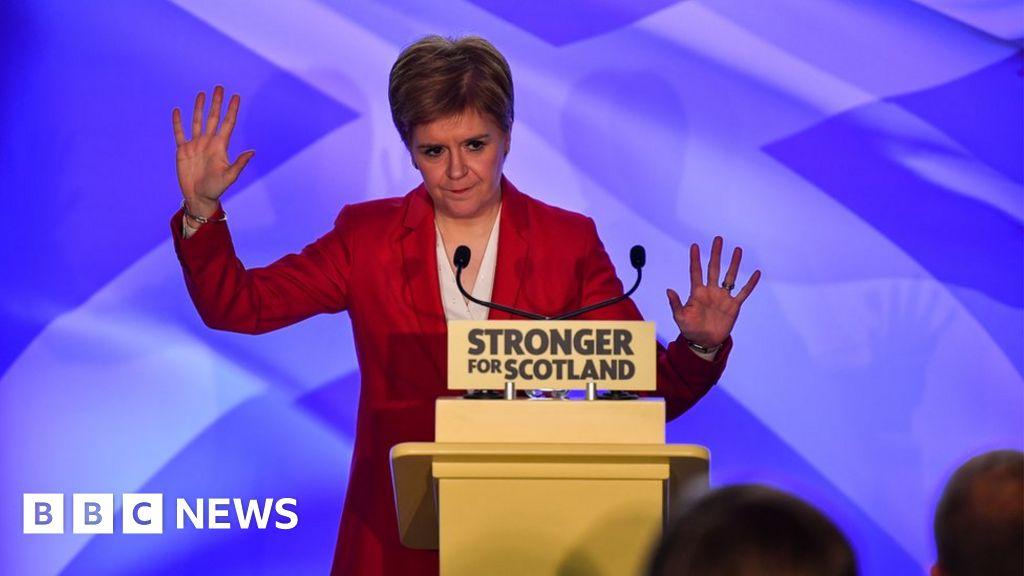 Nicola Sturgeon: Labour should scrap Trident to win SNP support