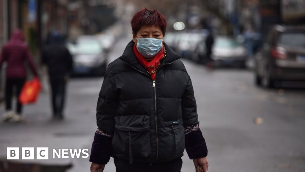China virus 'spreads before symptoms show'