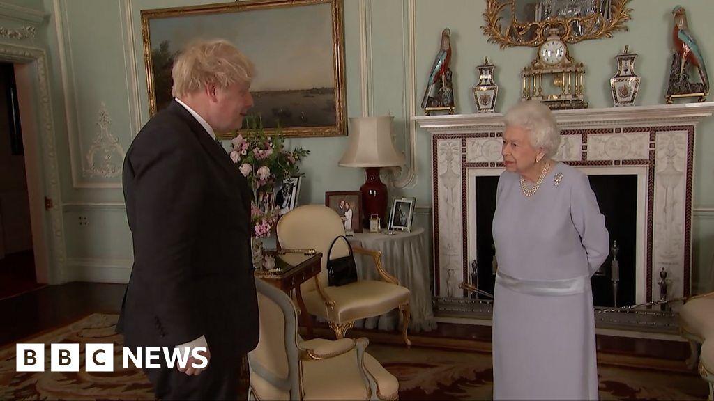 Queen describes Matt Hancock as 'poor man'