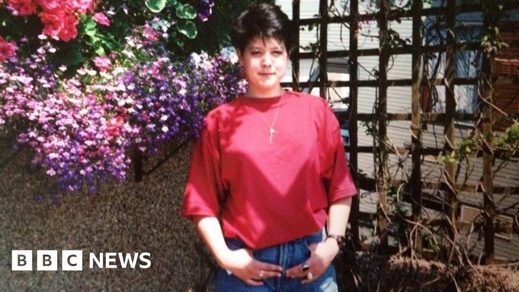 Plymouth mental health 'failures' in Ruth Mitchell death - BBC News
