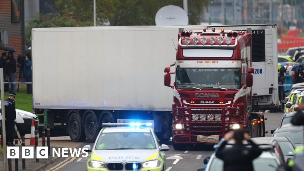 Essex lorry deaths: Witness 'called police three times about migrants'